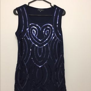 3/$30 Lily Morgan Sequinned Tunic Sz M